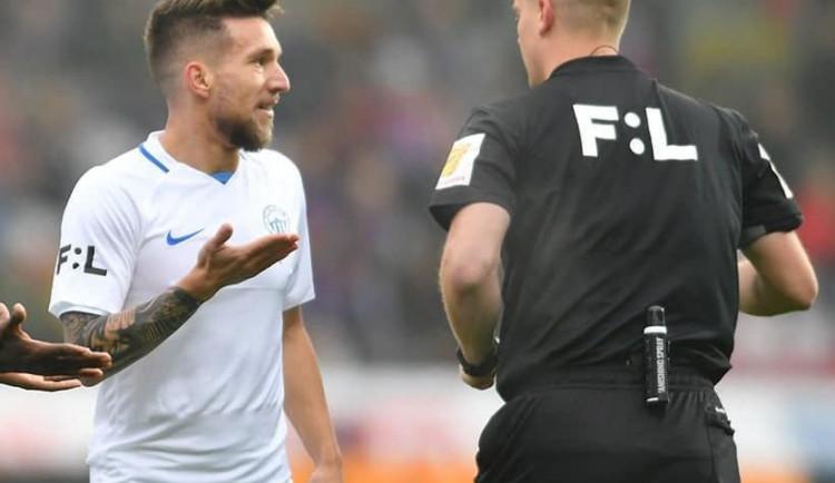 Slovan cítil křivdu. Plzeň po chybách rozhodčího otočila zápas a vyhrála 4:1