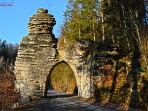 TIP NA VÝLET: Nejkratší tunel v republice? Pekařova brána v Českém ráji