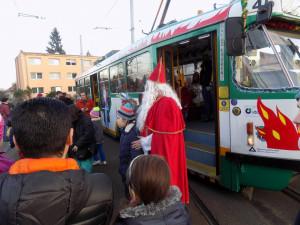 VÍKEND PODLE DRBNY: Čertovská tramvaj, mikulášský vlak a začátek adventu