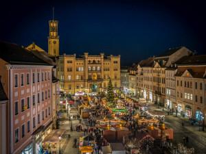 VÍKEND PODLE DRBNY: Adventní koncerty, trhy v Žitavě i závod na Ještědu