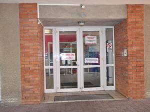 Rok po otravě v Nemocnici Frýdlant pacienti na odškodné čekají