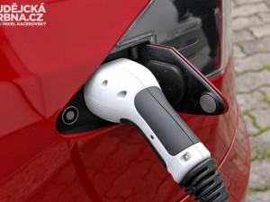 Podpora elektromobilů a sdílených vozů. Liberec je chce nechat parkovat zdarma