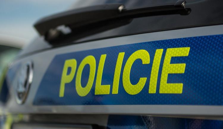 Policie zasahuje v Rochlici u muže, který se chce zřejmě zabít