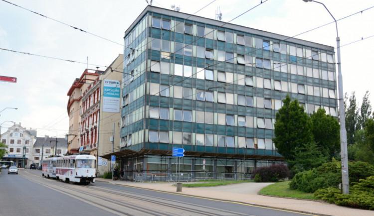 Díky snížení úroků ušetří Liberec desítky milionů. Investovat je chce například do opravy Uranu