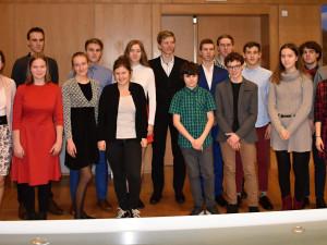 Talentované žáky, kteří loni úspěšně reprezentovali, ocenil kraj