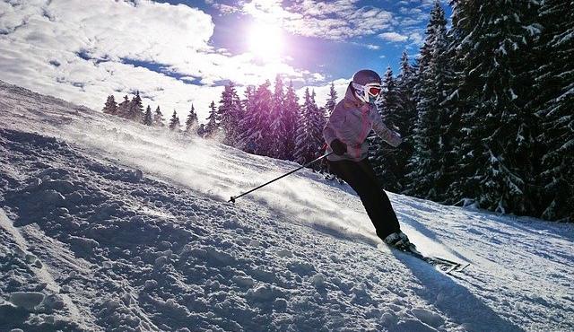Skiareál v Rokytnici spustí prodej skipasů online. A připravené má i věrnostní program se slevami