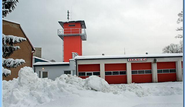 Firma, která v Chrastavě vybudovala hasičskou věž, postaví i výtah u zdravotního střediska