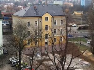 Město nechalo opravit dům u autobusáku. Vznikly tu sociální byty