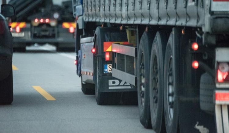 Liberecký kraj chce omezit průjezd kamionů, chvíli to ale potrvá