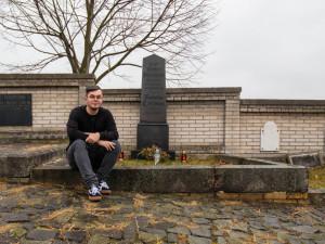 Za každým hřbitovním místem je příběh, říká Milan Votava, autor nápadu adopce hrobů