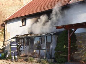 Nový rok pohledem hasičů: Ruka v mixéru i hořící strom
