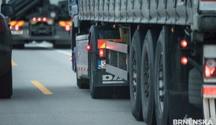 Omezení průjezdu kamionů přijde Liberecký kraj na skoro čtyři miliony