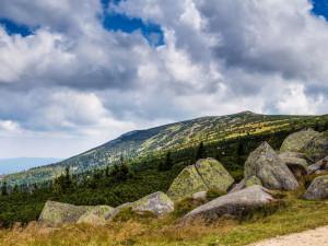 Návštěvníci Krkonoš si ochrany přírody váží. Někteří by ji dokonce zvýšili