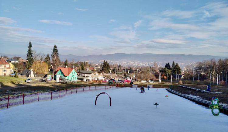 Skiareál Ještěd zavádí 30 procent slevu na odpolední výuku v lyžařské škole