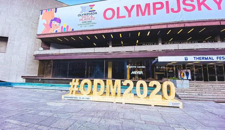 Začíná devátá zimní olympiáda dětí a mládeže. Liberečtí v Karlových Varech obhajují prvenství