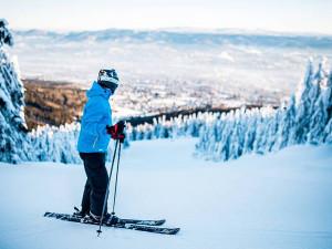 Skiareál Ještěd láká na lyžování za ceny vedlejší sezóny