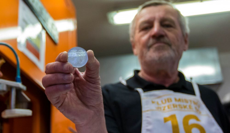 FOTO: Jizerská 50, hořkosladký závod letos zpečetí limitovaná edice medailí