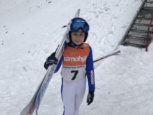 Natálie Nejedlová ovládla první zimní závody ve skoku na lyžích a v severské kombinaci