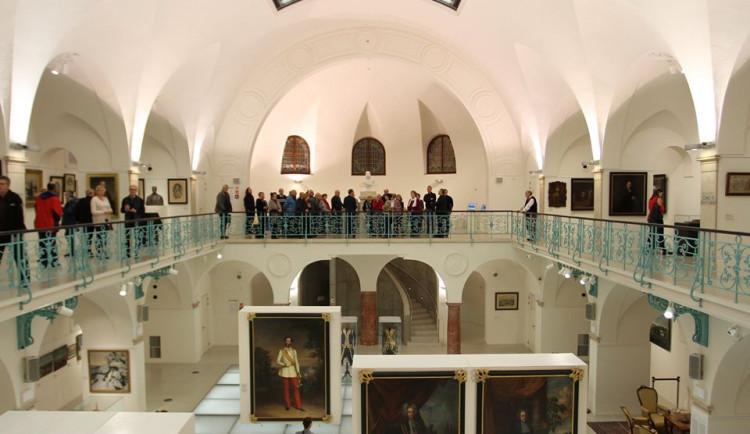 Dva roky příprav se vyplatily. Výstavu o Clam-Gallasech už v Lázních vidělo přes tři tisíce návštěvníků.
