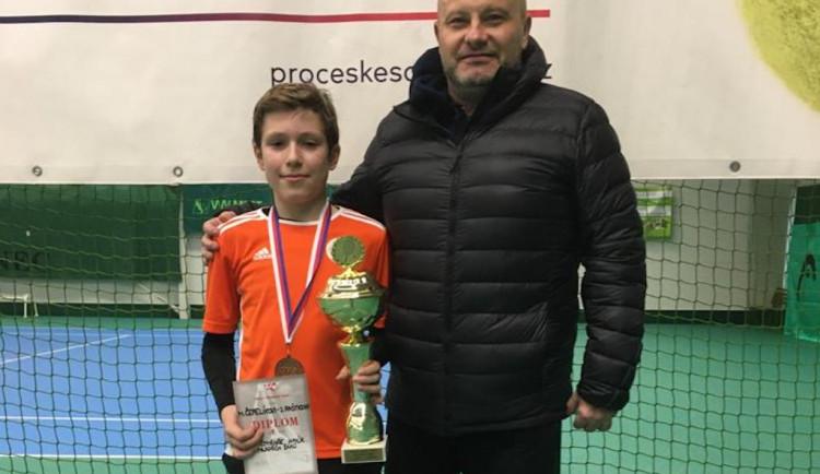 Liberecká tenisová naděje. Matouš Čepelík je mistrem Česka do dvanácti let ve čtyřhře