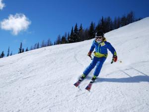 Noční mrazy i čerstvý sníh zlepšily podmínky pro lyžování