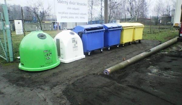 Turnováci mají k dispozici dvě nová místa na tříděný odpad