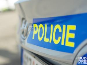 Policisté pátrají po záběrech a svědcích z nehody osobáků u Jeřmanic