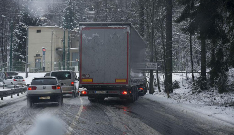 V Libereckém kraji připadlo několik centimetrů sněhu