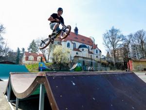 Liberecký skatepark se po zimní pauze otevírá veřejnosti