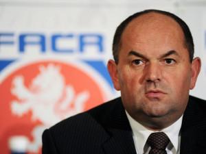 Kauza sportovních dotací jde k soudu, obžalobě čelí také Miroslav Pelta