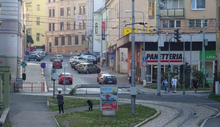 Přes most v jablonecké ulici Poštovní projede jen tramvaj. Lidé musí místo obejít