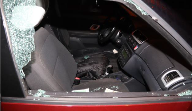 Policie dopadla recidivistu, který se v centru Liberce vloupal do devíti aut