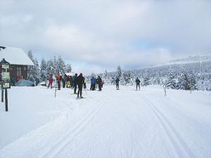 Kraj žádá lyžaře, aby do Jizerek nevyjížděli. Jizerská magistrála skončila s úpravou tratí