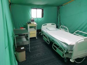 Liberecká nemocnice se připravuje na nejhorší. V areálu buduje předsunutý urgentní příjem
