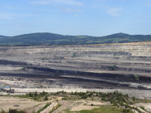 Polské ministerstvo prodloužilo dolu Turów povolení na těžbu o šest let