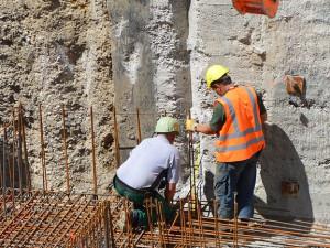 Stavební výroba v Libereckém kraji se loni propadla o třináct procent
