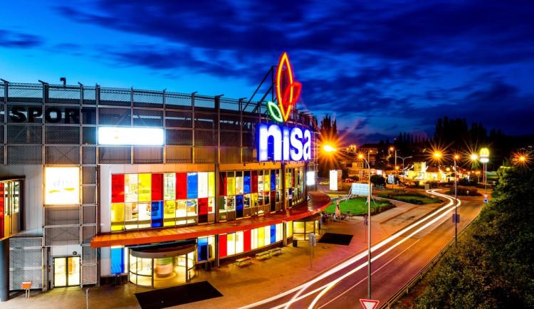 Pošlete úsměv prodavačkám v první linii. OC Nisa promítá vzkazy personálu i zákazníkům