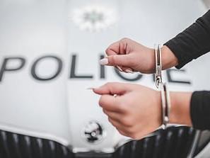 Pozor na hanlivé komentáře na fórech a sociálních sítích, autorům hrozí vězení