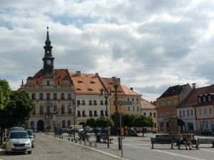 Integraci dělníků a výuku češtiny podpoří v České Lípě dotace 1,6 milionu korun
