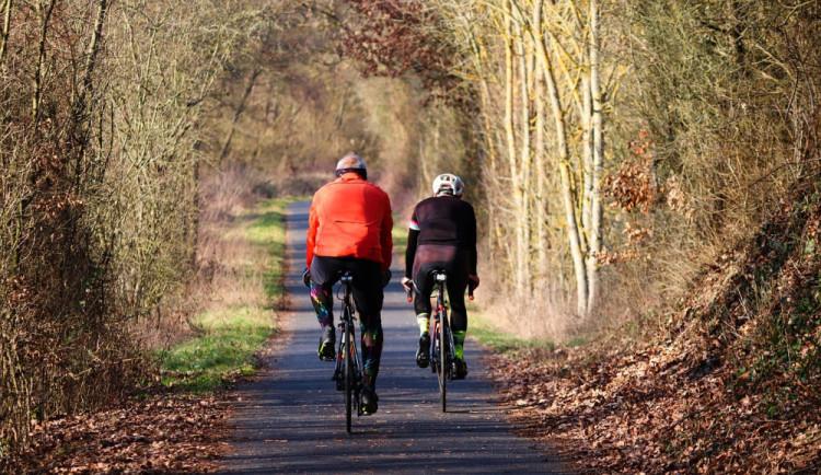 Z Lípy do Boru bezpečně na kole. Vytoužená cyklostezka je stále během na dlouhou trať