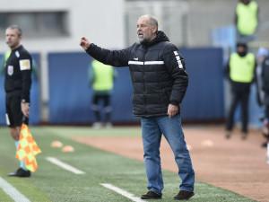 Chlapi prostě chtějí fotbal a pivo, už aby se hrálo, hlásí trenér Jablonce Petr Rada