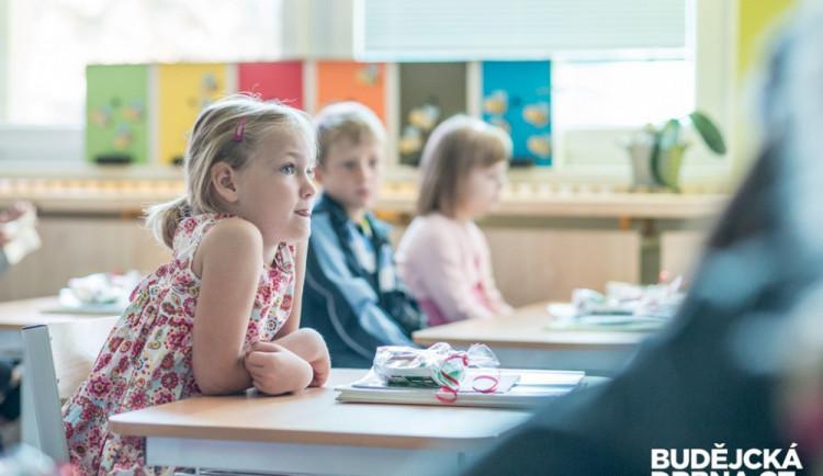 Děti se chystají na návrat do školy. V Liberci půjdou do lavic asi dvě třetiny školáků z prvního stupně