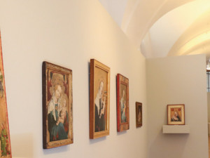 Alšova jihočeská galerie se otevírá veřejnosti. Navštívit můžete expozici Meziprůzkumy