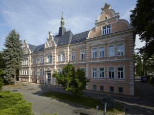 Případ otravy ve frýdlantské nemocnici opět řeší policie, na státní zástupkyni se obrátili pacienti