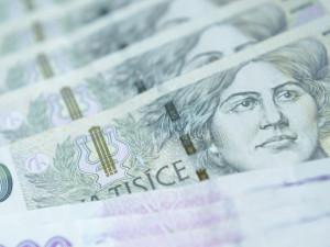 PRŮZKUM: Třetina samoživitelek si kvůli krizi vzala půjčku