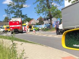 Tragická nehoda u Svedu na Františkově. Srážku motorky s dodávkou nepřežil motorkář