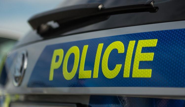 Při večerní tragické nehodě u Horní Branné zemřel motorkář