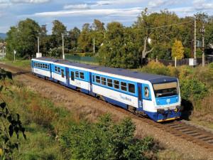 Na konci července nepojedou vlaky mezi Smržovkou a Josefovým Dolem. Nahradí je autobusy