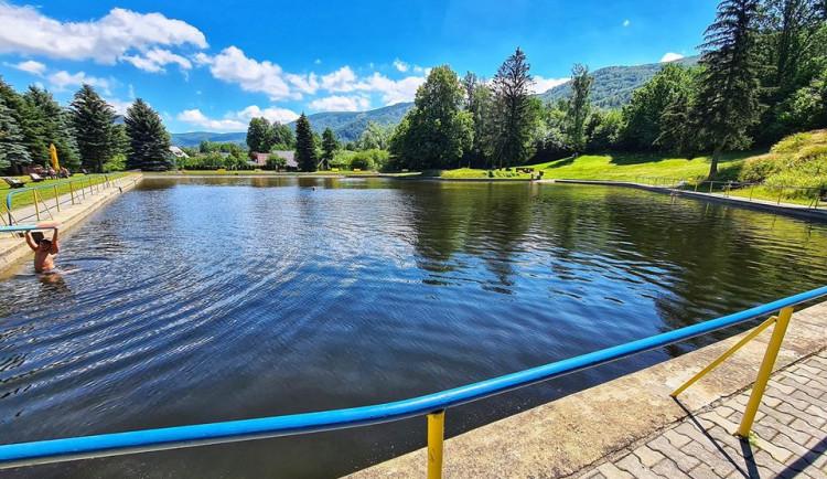 Většina přírodních koupališť v Libereckém kraji má čistou vodu