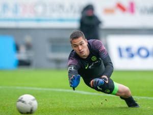 Hlavy nahoru, v neděli nás čeká zápas sezony, říká brankář Slovanu Filip Ngyuen